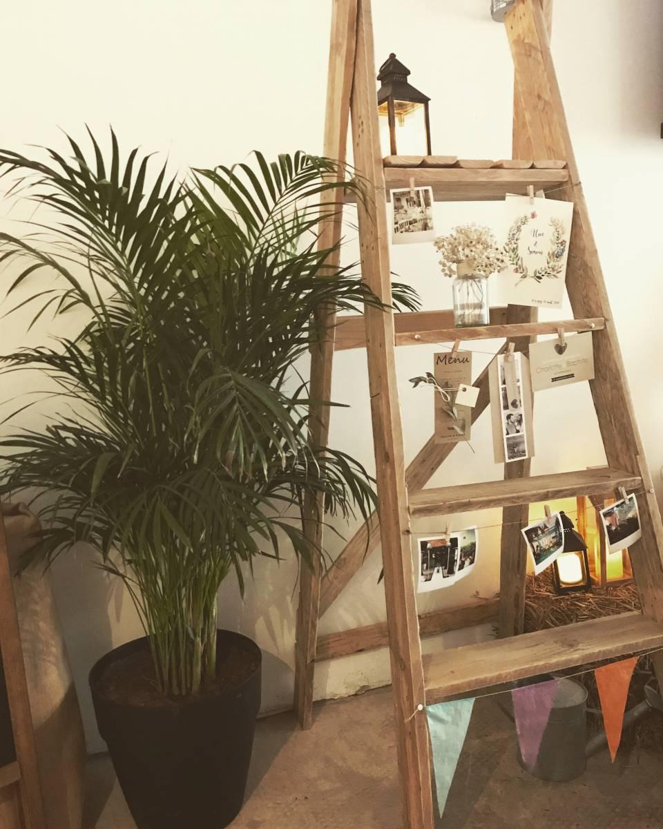 ou trouver un escabeau en bois pour la d coration de mariage proche du havre agence. Black Bedroom Furniture Sets. Home Design Ideas